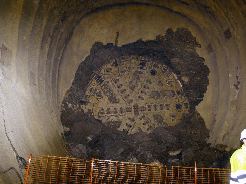 Interior de los túneles de Sorbas, excavados en mitad de la nada.
