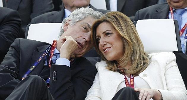 El presidente de la Federación Española de Fútbol, Ángel María Villar, y la presidenta andaluza, Susana Díaz.