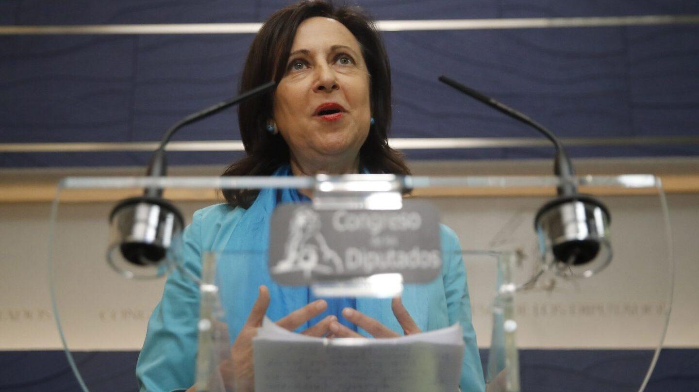 La portavoz del PSOE, Margarita Robles, ha anunciado que el PSOE liderará una reforma constitucional si no hay negociación con Cataluña.