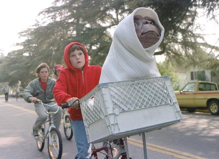 Escena de ET con Elliot