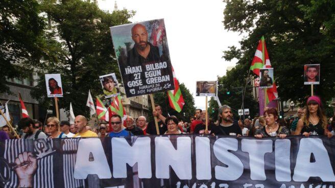 Marcha por la amnistía del Movimiento Pro Amnistía y Contra la Represión (ATA) en Bilbao.