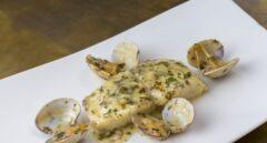 Merluza en salsa verde con almejas elaborado en el Restaurante Donde Marian.