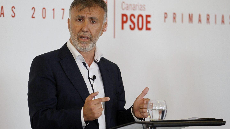 El videojuego de Clavijo: desviar la penosa gestión de Educación con los e-sports: Por Ángel Víctor Torres