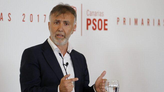 El nuevo secretario general del PSOE de Canarias, Ángel Víctor Torres