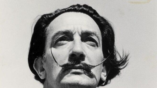 El bigote de Dalí