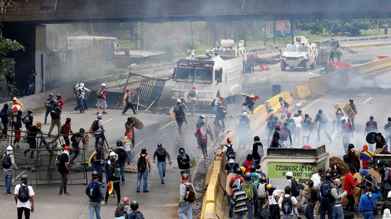 Manifestantes contra Maduro en una de las protestas convocadas en Caracas.