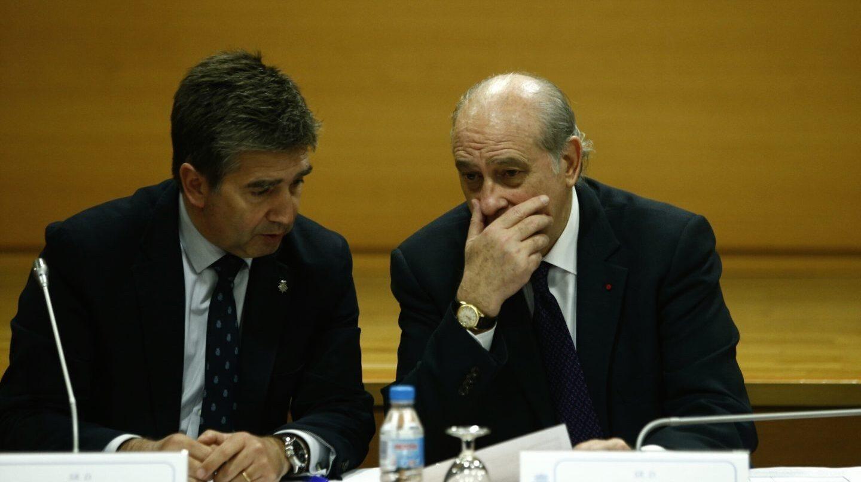 Ignacio Cosidó, ex director general de la Policía, y Jorge Fernández Díaz, ex ministro del Interior.