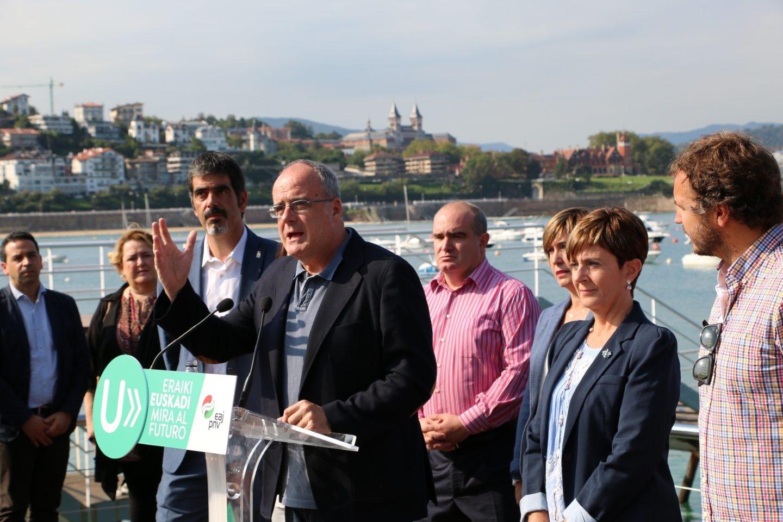 El presidente del PNV en Guipúzcoa, Joseba Egibar, durante un acto en San Sebastián.