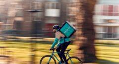 Uno de los riders de Deliveroo.