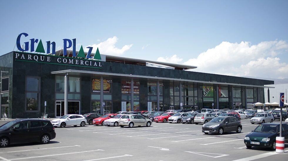 Centro comercial Gran Plaza, en Roquetas de Mar (Almería), propiedad de la Socimi GGC.