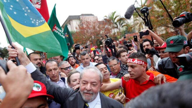 Lula da SIlva ha sido condenado a nueve años de cárcel.
