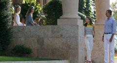 Los Reyes con sus hijas en Mallorca.