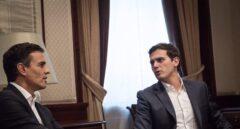 Pedro Sánchez y Albert Rivera durante su reunión para abordar la reforma constitucional. en el mes de julio de 2017.