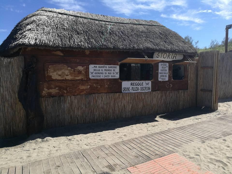 """Chiringuito de la playa """"Punta Canna"""""""
