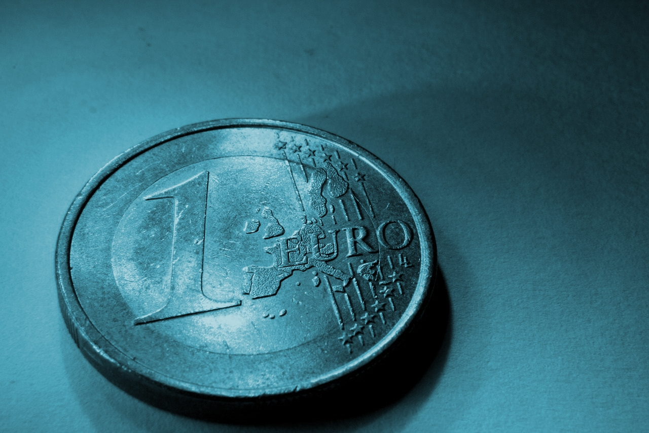 La subida del euro frente al dólar penaliza al negocio de Viscofan.
