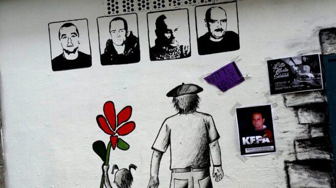 Un mural de apoyo a presos de ETA en Azpeitia reclama el final de la dispersión.