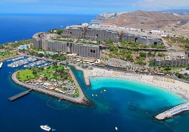 Apartamentos turísticos destinados a multipropiedad en Gran Canaria.