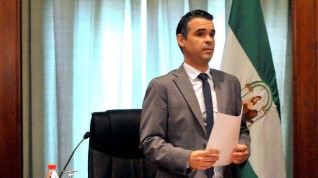 El PP pacta con los independientes para arrebatar la alcaldía al PSOE.