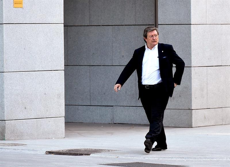 Juan Luis Larrea es presidente de la RFEF tras la suspensión cautelar decretada por la RFEF contra