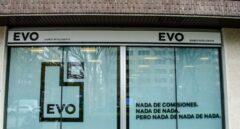 Las nuevas comisiones de las tarjetas de Evo Banco generan malestar entre sus clientes.