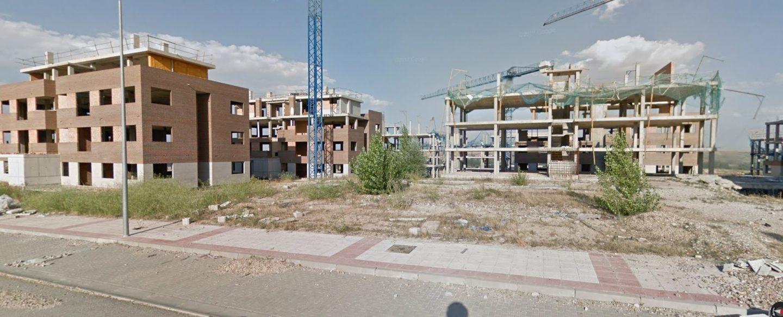 'Ciudad fantasma' de Buniel (Burgos): 1.600 viviendas sin terminar para un pueblo que cuenta con 500 habitantes.