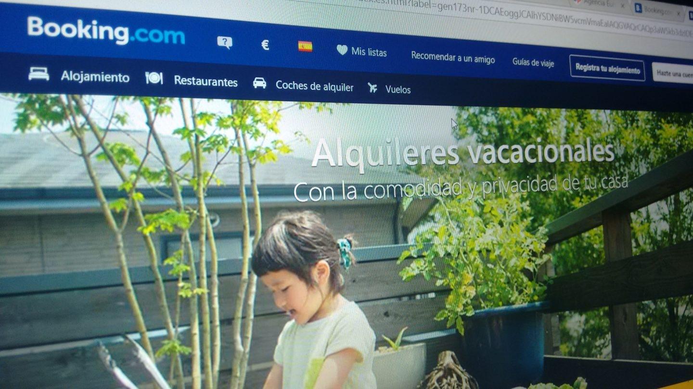 Booking.com cuenta en su web con un apartado específico para el alquiler de pisos turísticos.