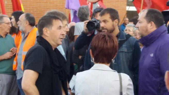 Arnaldo Otegi, a las puertas de la prisión.