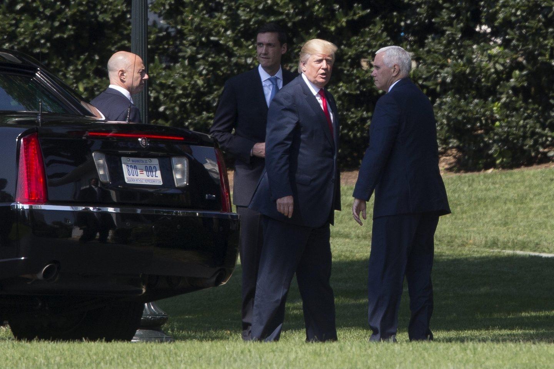 El presidente de EEUU, Donald Trump, junto al vicepresidente Mike Pence.
