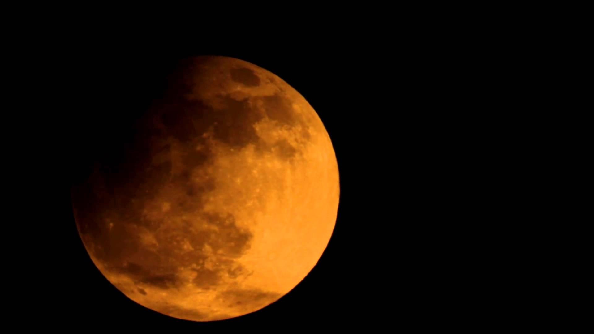 Eclipse parcial de Luna