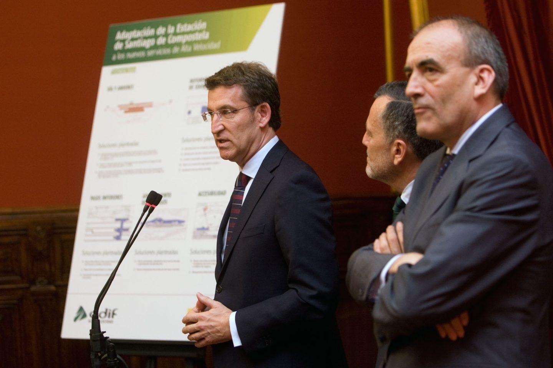 Manuel Niño, actual secretario general de Infraestructuras, en un acto en 2015 con el presidente gallego Núñez Feijóo.