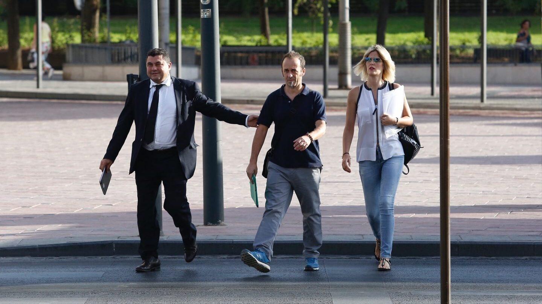 Francesco Arcuri, ex pareja de Juana Rivas, a su llegada a la vista.