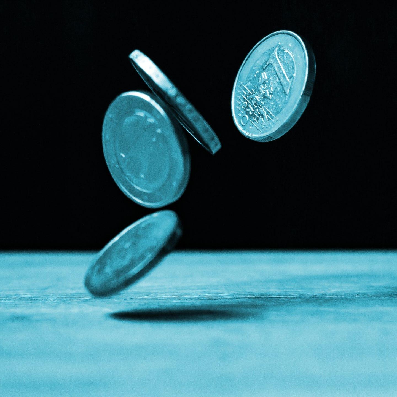 Los inversores se enfrentan a un dilema complejo en unos mercados extremadamente caros.