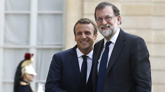 Emmanuel Macron y Mariano Rajoy, en agosto de 2017 en París.