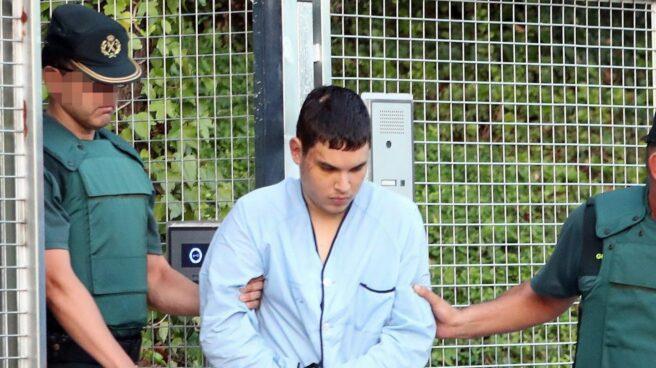 Mohamed Houli Chemlal, el terrorista herido en la explosión de Alcanar, durante su traslado a la Audiencia Nacional.