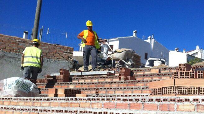 El empleo vuelve a crecer con fuerza en el sector de la construcción