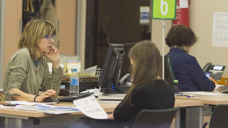 El gobierno cambia una norma de los 90 para agilizar for Oficinas seguridad social bizkaia