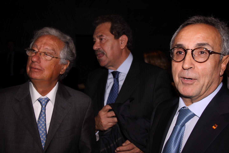Juan Padrón, junto a Rafael Cortés Elvira y Alejandro Blanco.
