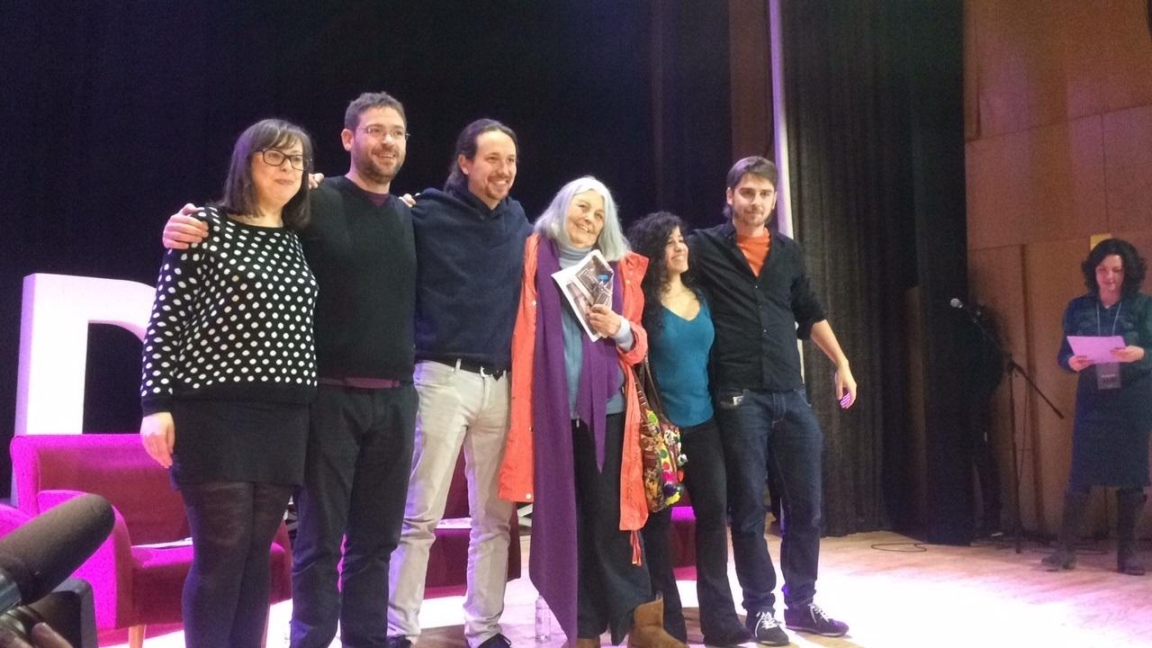 El líder de Podemos, Pablo Iglesias, y el secretario general de Podem Catalunya, Albano Dante, en un acto previo a Vistalegre II.