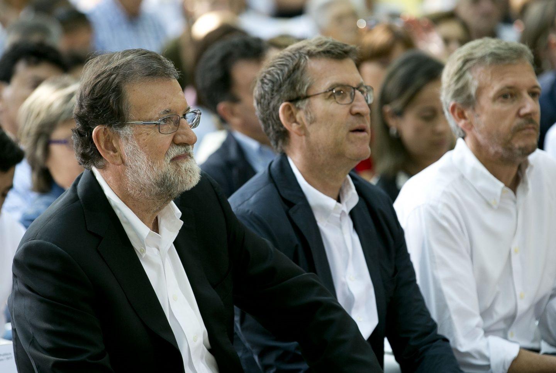 Mariano Rajoy y Alberto Núñez Feijóo, este domingo en Pontevedra.