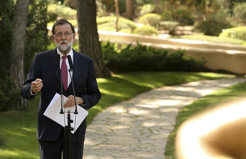 Mariano Rajoy en su comparecencia tras la audiencia con el Rey.