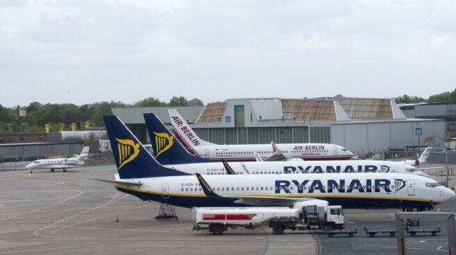 Aviones de las aerolíneas Ryanair y Air Berlin.