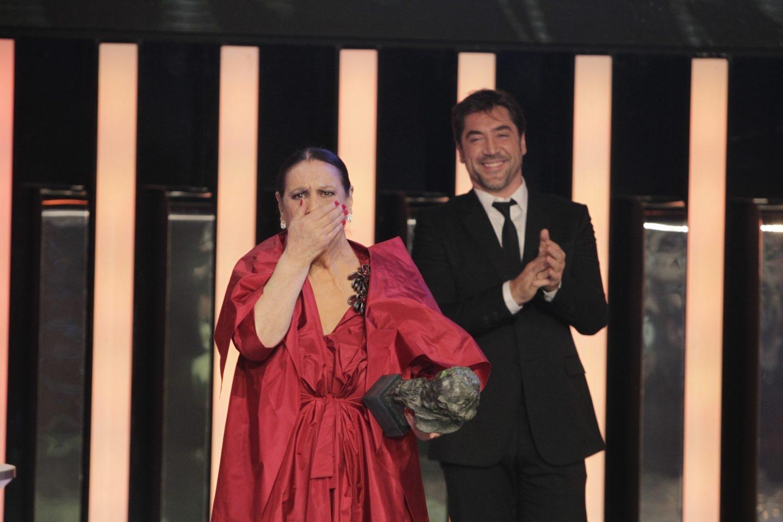 La actriz Terele Pávez recogiendo su Goya en 2014.