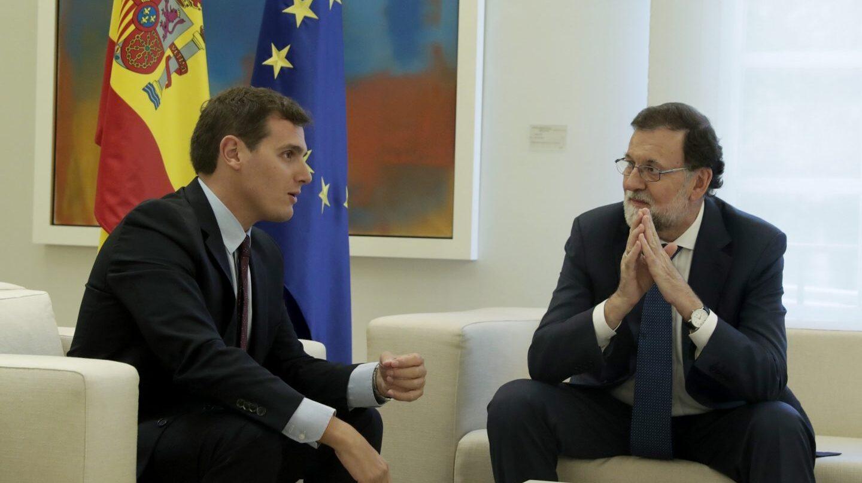 Albert Rivera y Mariano Rajoy se reúnen en el Palacio de la Moncloa.