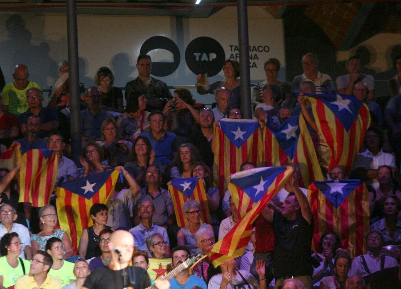 Imagen del mitin de Tarragona por el referéndum del 1-O