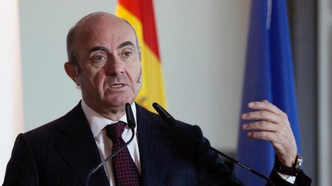 El ministro de Economía, Industria y Competitividad, Luis de Guindos, durante su participación en un desayuno informativo organizado en Madrid por Executive Fórum.