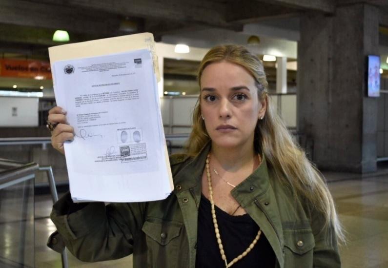 Lilian Tintori, con la prohibición de salida de Venezuela.