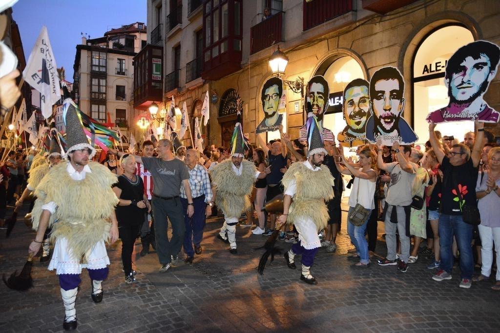 Homenaje al etarra Andoni Ugalde Zubiri, condenado por el asesinato de un guardia civil y un ertzaina, en Bilbao.