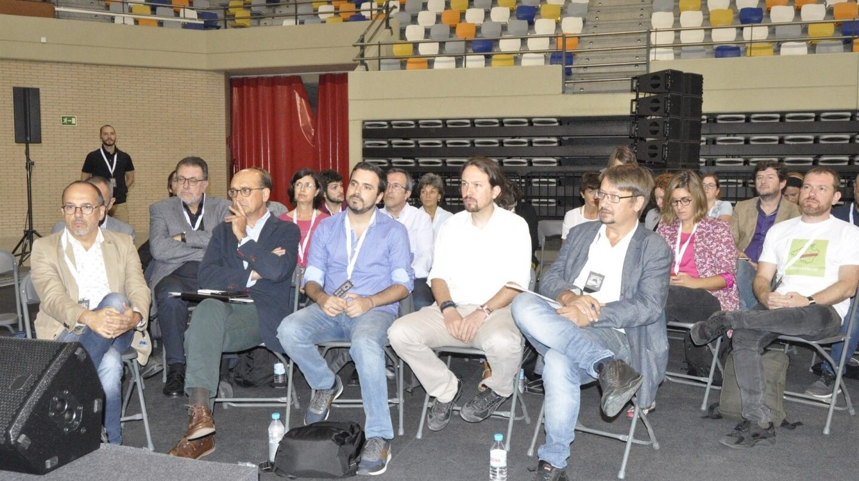 """Pablo Iglesias pide a Pedro Sánchez """"un nuevo Gobierno plurinacional"""" frente al PP"""