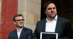 Referéndum 1-O: el secretario general de Economía, Josep Maria Jové, junto a Oriol Junqueras.