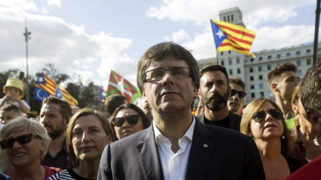 Referéndum 1-O: Puigdemont, en la manifestación de la Diada.